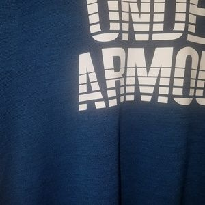 Under Armour Tops - Under Armour Workout Tee